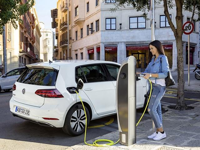 Dopłaty do aut elektrycznych